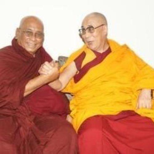 Бхиккху  С. Дхаммамитта — Отказ от сектантства