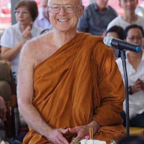 О счастье  —  Тханиссаро Бхиккху