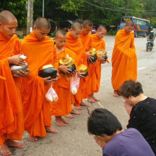 Буддийская практика для мирян — Бхиккху Кхантипало