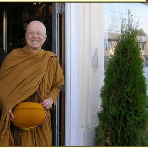 История про монаха — Тханиссаро Бхиккху